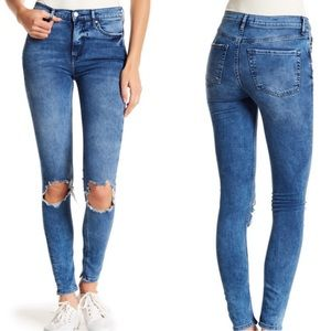 Free People Destroyed High Rise Cropped Jeans